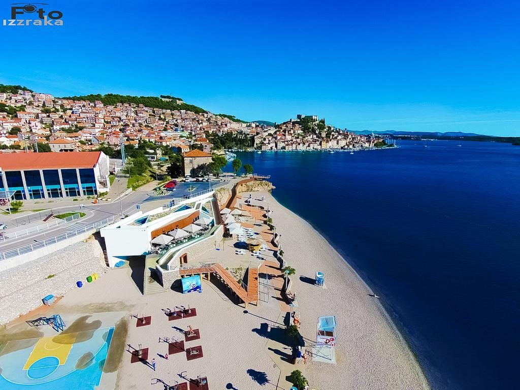 BEACH BANJ IN ŠIBENIK